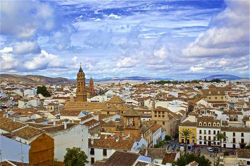Индивидуальная экскурсия в Севилью и Антекеру из Михаса