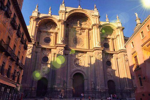 Индивидуальная экскурсия в Гранаду и Нерху из Фуэнхиролы