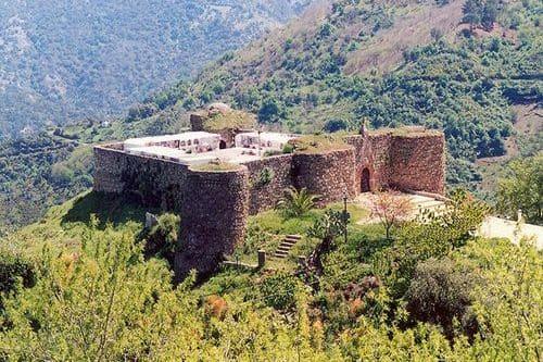 Индивидуальная экскурсия в пещеру Пилета и замки Гаусин и Бенадалид из Эстепоны