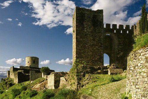 Индивидуальная экскурсия по замкам Кастельяр и Химена с Коста дель Соль