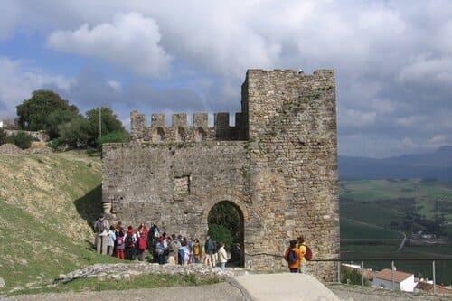 Индивидуальная экскурсия по замкам Андалусии Кастельяр и Химена из Марбельи