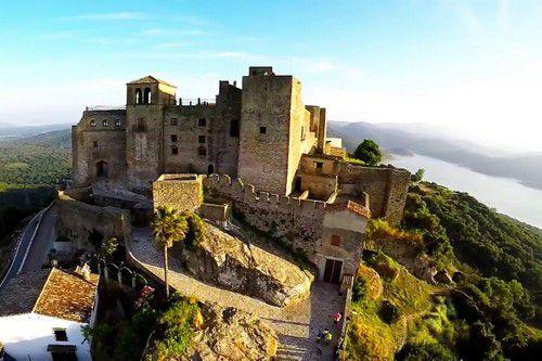 Индивидуальная экскурсия по замкам Андалусии Кастельяр и Химена из Эстепоны